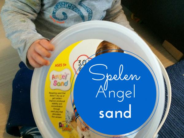 Spelen Angel Sand