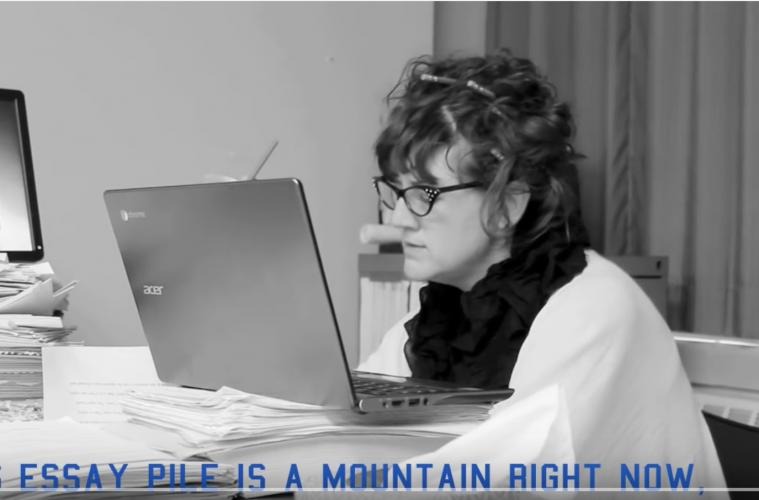 Hilarische video van leraar over nakijken