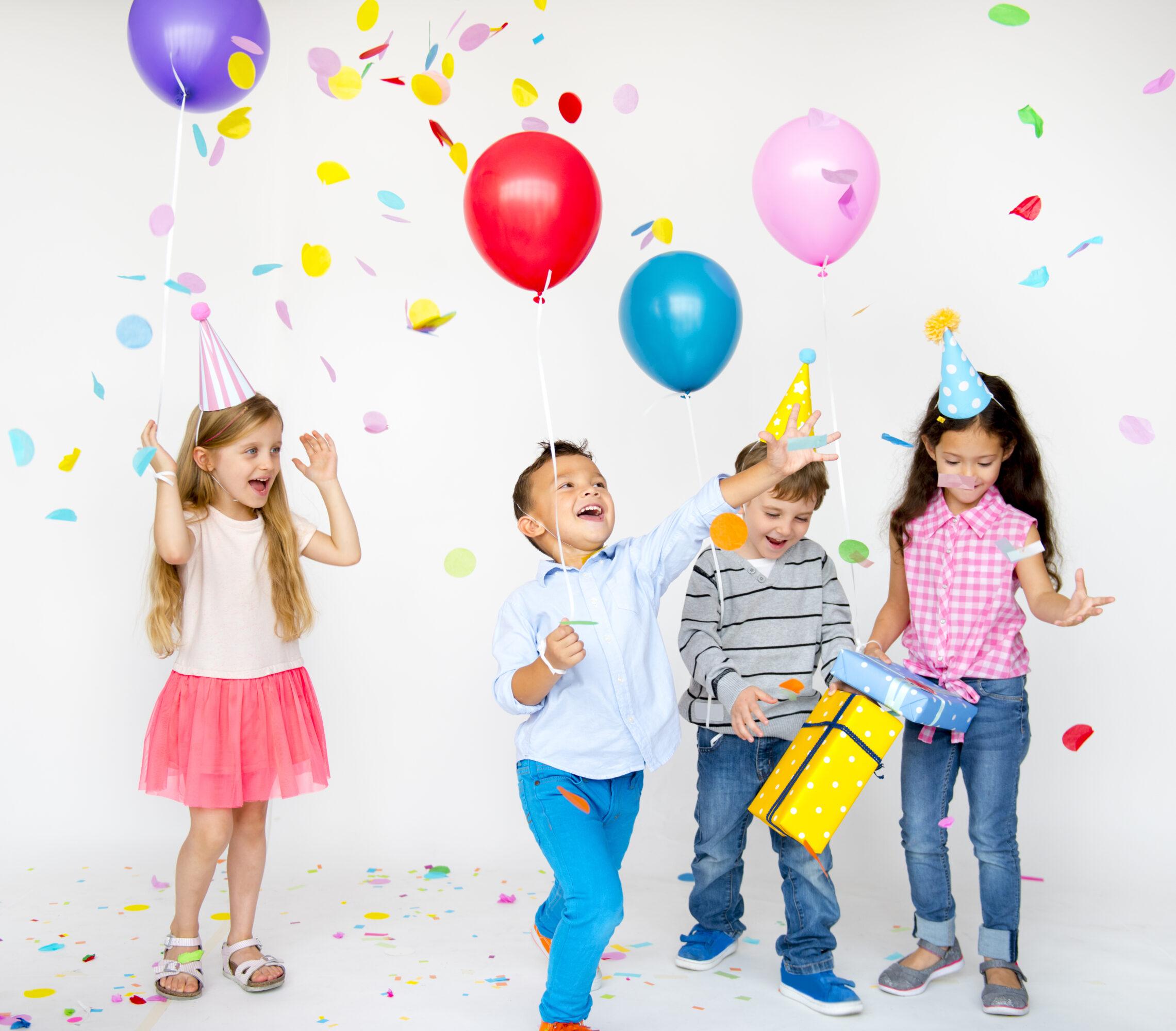 Uitnodigingen voor een kinderfeestje maken