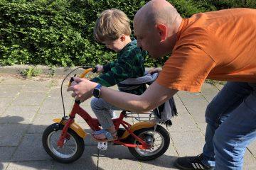 Leren fietsen: hoe help je je kind?