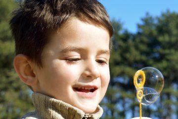 Buitenspeeldag met peuters - 10 activiteiten